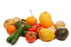 984418_fresh_vegetables_fruits_and_other_foodstuffs__sho